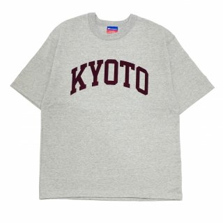 <img class='new_mark_img1' src='https://img.shop-pro.jp/img/new/icons55.gif' style='border:none;display:inline;margin:0px;padding:0px;width:auto;' />KYOTO LOGO T-SHIRTS