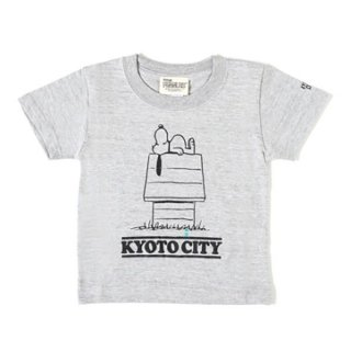 <img class='new_mark_img1' src='//img.shop-pro.jp/img/new/icons1.gif' style='border:none;display:inline;margin:0px;padding:0px;width:auto;' />PEANUTS × KYC  KIDS T-SHIRTS 02