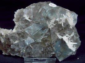 Fluorite:蛍石(イリノイ産)