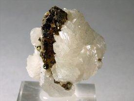 水晶・パイライト・カルサイト(パナスケイラ産)