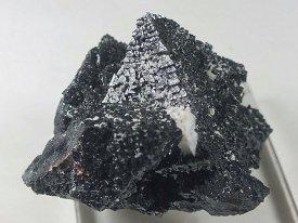 ハウスマン鉱 : Hausmannite