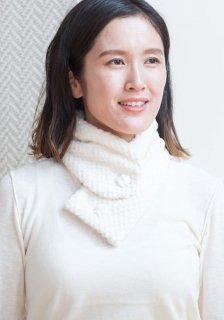 Organic Cotton 起毛布のクルミボタンネックウォーマー(市松ホワイト)