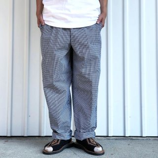 <img class='new_mark_img1' src='https://img.shop-pro.jp/img/new/icons5.gif' style='border:none;display:inline;margin:0px;padding:0px;width:auto;' />RED KAP / PS54 SUN POLY BAGGY CHEF PANTS - BLACK & WHITE CHECK