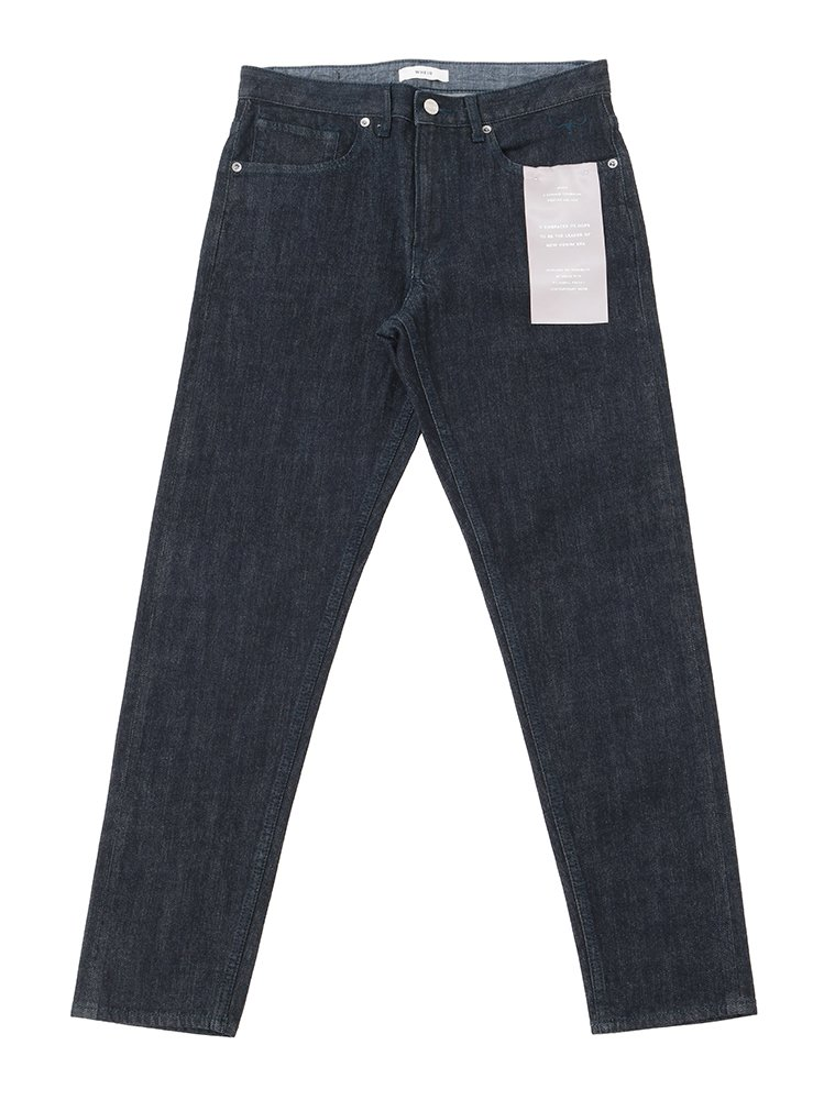 <img class='new_mark_img1' src='//img.shop-pro.jp/img/new/icons2.gif' style='border:none;display:inline;margin:0px;padding:0px;width:auto;' />Slim Tapered Jeans