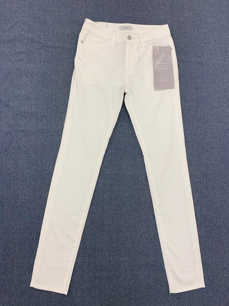 Tencel Skinny Jeans<br>[Women's]<br><img class='new_mark_img2' src='https://img.shop-pro.jp/img/new/icons16.gif' style='border:none;display:inline;margin:0px;padding:0px;width:auto;' />