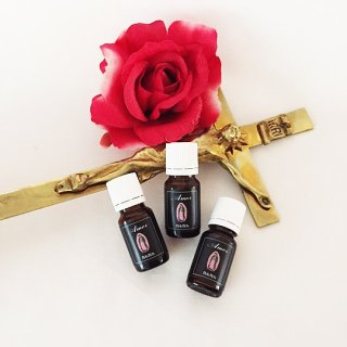 Amor Essential oil