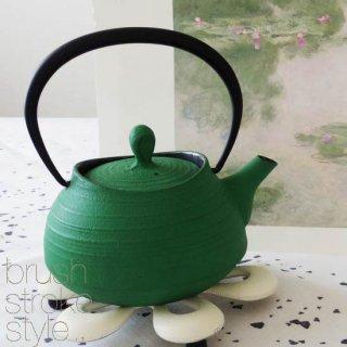 サンプルセール 限定1点  アイアン ティーポット  green iron-teapot made in japan<img class='new_mark_img2' src='https://img.shop-pro.jp/img/new/icons39.gif' style='border:none;display:inline;margin:0px;padding:0px;width:auto;' />