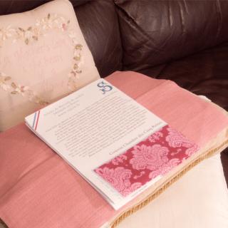 サジュー ギフトボックス ヘリテージコレクション ベッドルームクッション用 クロスステッチ生地とパターン、刺繍糸 Diane de Poitiers's bedroom à la maison.