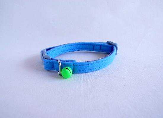 Felt [blue]  Cat collar