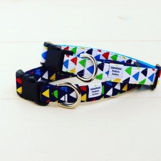 Zigzag Collar<br>Size M<br>Navy / White