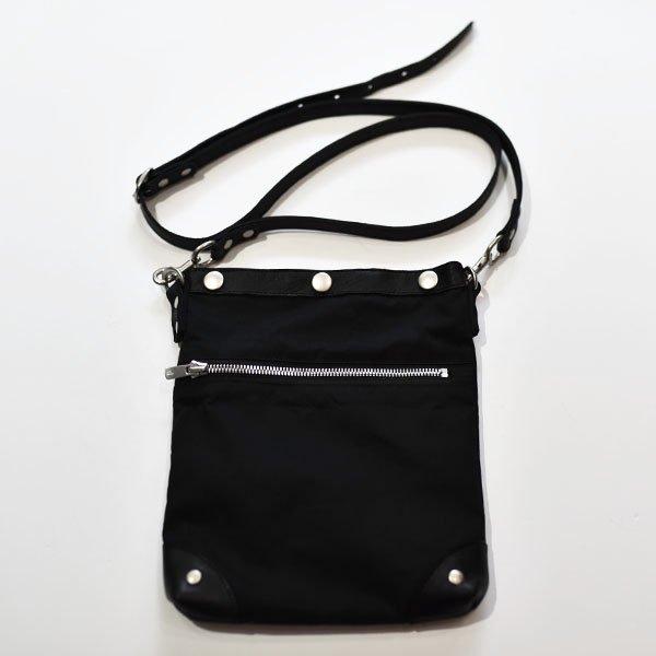 rin / Wax Leather Shoulder Bag