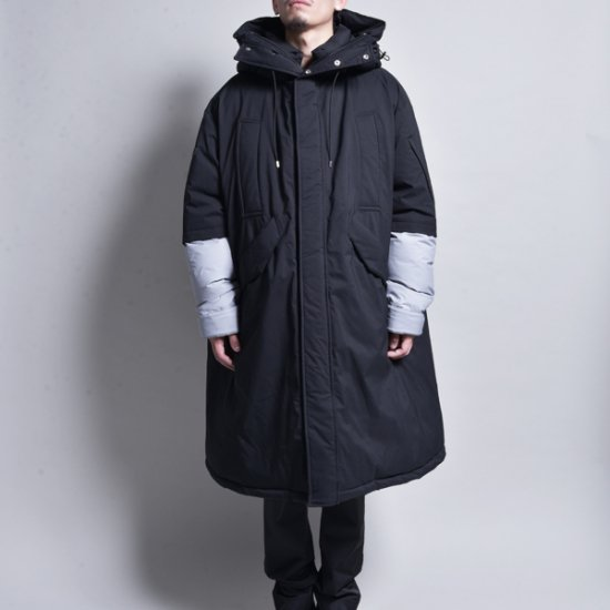 メンズファッションJERIH / Black Oversize Down Jacket