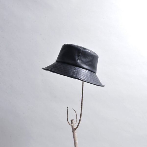 rin / All Leather Bucket Hats