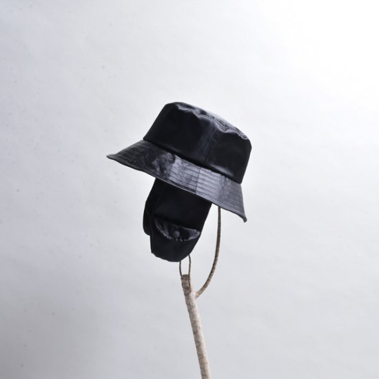rin / Nylon Ear Bucket Hats