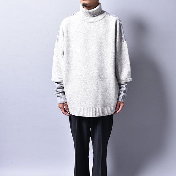 JERIH / Two-Tone Wool Turtleneck GREY