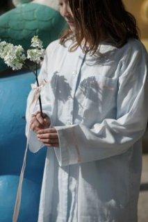 サテンリボン付き 長袖パジャマ (ベビーブルー×ピンクリボン)