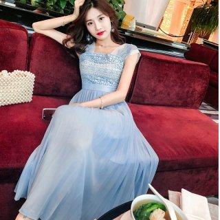 リゾートウェディングのゲストドレスとしても♪ライトブルーのロングワンピース