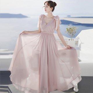 リゾートスタイルにおすすめ◇大人かわいいピンクのロングドレス