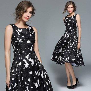 エレガントなモノトーン◇ノースリーブ フレアワンピース ドレス