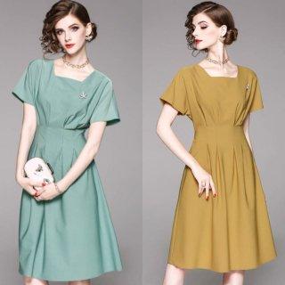 シンプルで美しいシルエット◇ブローチ付 ワンピース ドレス 2色