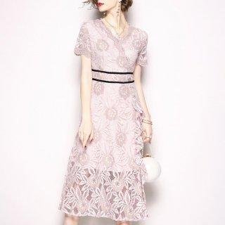 上品で大人可愛い総レースデザイン◇袖あり フレアワンピース ドレス 大きいサイズあり