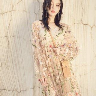 大人ガーリーなボタニカル刺繍◇長袖 ふんわりシースルーワンピース