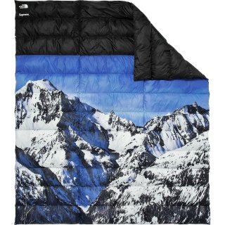 Supreme?/The North Face? Mountain Nupste Blanket