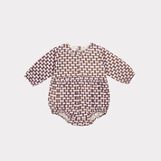 <img class='new_mark_img1' src='//img.shop-pro.jp/img/new/icons14.gif' style='border:none;display:inline;margin:0px;padding:0px;width:auto;' /> CARAMEL  FLAX  BABY ROMPER LIGHT POPLIN  / lilac geo print .18m last one!