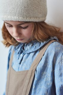 <img class='new_mark_img1' src='https://img.shop-pro.jp/img/new/icons20.gif' style='border:none;display:inline;margin:0px;padding:0px;width:auto;' />CARAMEL    Adikia Blouse   /  wheat print crystal blue  8y last one!  40%off