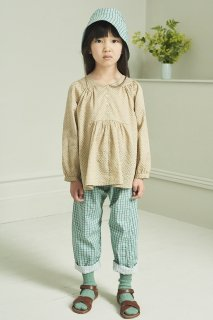 <img class='new_mark_img1' src='https://img.shop-pro.jp/img/new/icons20.gif' style='border:none;display:inline;margin:0px;padding:0px;width:auto;' />CARAMEL  VICTORIA BLOUSE 3Y-6Y / GREEN POLKA DOT 40%off