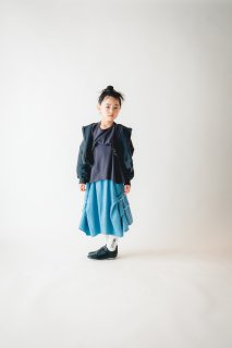 <img class='new_mark_img1' src='https://img.shop-pro.jp/img/new/icons14.gif' style='border:none;display:inline;margin:0px;padding:0px;width:auto;' />nunuforme     Kids サイズ   タックフリルTシャツ  七分袖       / Charcoal