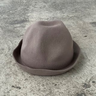 <img class='new_mark_img1' src='https://img.shop-pro.jp/img/new/icons14.gif' style='border:none;display:inline;margin:0px;padding:0px;width:auto;' />MOUN TEN.    mountain hat /  greige  S last one!