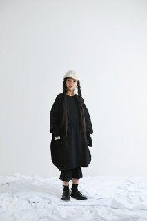 <img class='new_mark_img1' src='https://img.shop-pro.jp/img/new/icons14.gif' style='border:none;display:inline;margin:0px;padding:0px;width:auto;' />UNIONINI   ○△ sweat long dress  / black    4−6y last one!