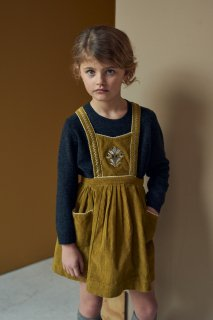 <img class='new_mark_img1' src='https://img.shop-pro.jp/img/new/icons14.gif' style='border:none;display:inline;margin:0px;padding:0px;width:auto;' />CARAMEL    GOOSE PINAFORE /  Mustard