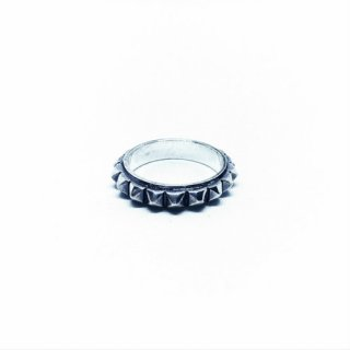 STUDS RING (SILVER)<img class='new_mark_img2' src='https://img.shop-pro.jp/img/new/icons5.gif' style='border:none;display:inline;margin:0px;padding:0px;width:auto;' />