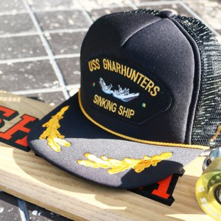 Sinking Ship trucker hat<img class='new_mark_img2' src='https://img.shop-pro.jp/img/new/icons5.gif' style='border:none;display:inline;margin:0px;padding:0px;width:auto;' />