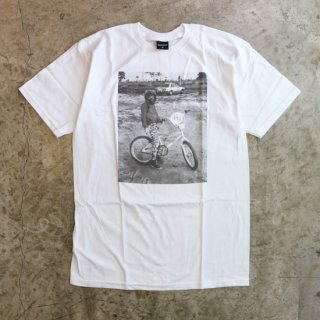 Begging to Rad Tee<img class='new_mark_img2' src='https://img.shop-pro.jp/img/new/icons5.gif' style='border:none;display:inline;margin:0px;padding:0px;width:auto;' />