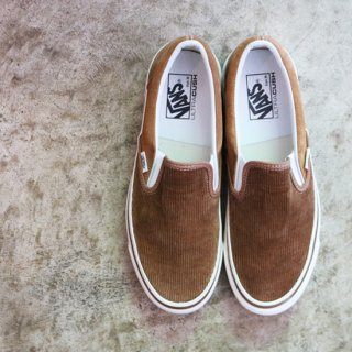 ANAHEIM SLIP-ON <img class='new_mark_img2' src='https://img.shop-pro.jp/img/new/icons5.gif' style='border:none;display:inline;margin:0px;padding:0px;width:auto;' />