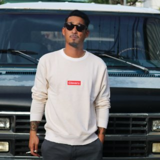 BOX LOGO CREW<img class='new_mark_img2' src='https://img.shop-pro.jp/img/new/icons5.gif' style='border:none;display:inline;margin:0px;padding:0px;width:auto;' />