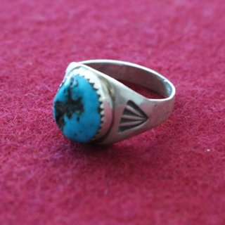 NAVAJO RING<img class='new_mark_img2' src='https://img.shop-pro.jp/img/new/icons5.gif' style='border:none;display:inline;margin:0px;padding:0px;width:auto;' />