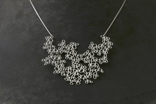 Littles necklace / colony