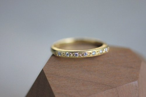 Star diamonds ring