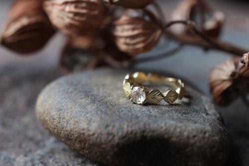 Leaf+Rosecut diamond ring