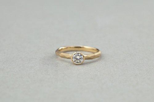 Rough cut diamond ring (bezel setting)