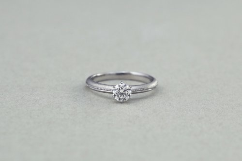 Milgrain diamond ring / Pt900