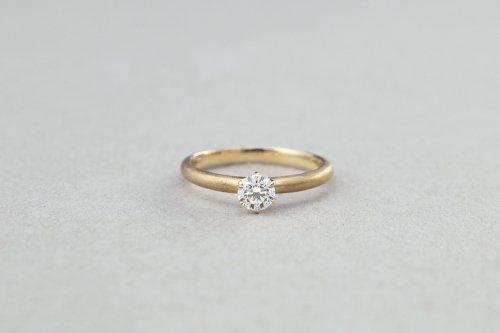 Norme brilliant diamond ring / K18