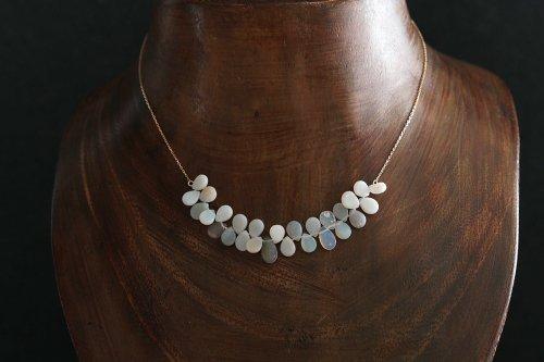 Drop opal chain necklace