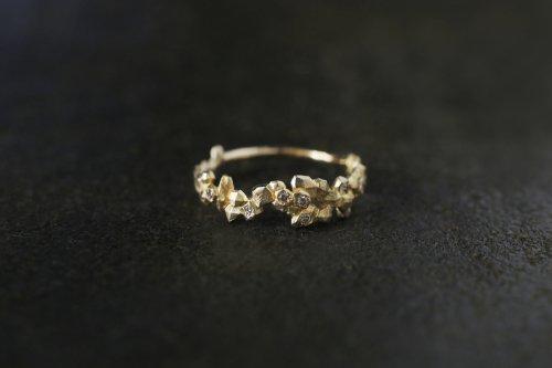 Whisper ring + light brown diamonds