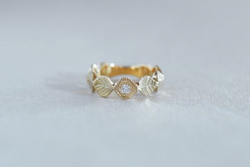 Leaf milgrain ring + diamond / K18