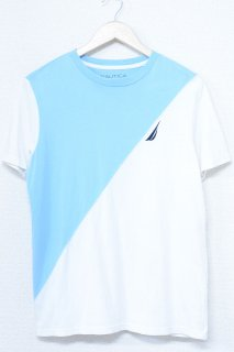 <img class='new_mark_img1' src='https://img.shop-pro.jp/img/new/icons6.gif' style='border:none;display:inline;margin:0px;padding:0px;width:auto;' />NAUTICA フラッグ パッチ バイカラー Tシャツ (USED&VINTAGE)